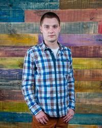 Менеджер по продажам Александр Коваленко
